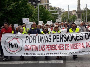 Manifestación por pensiones dignas en Zaragoza