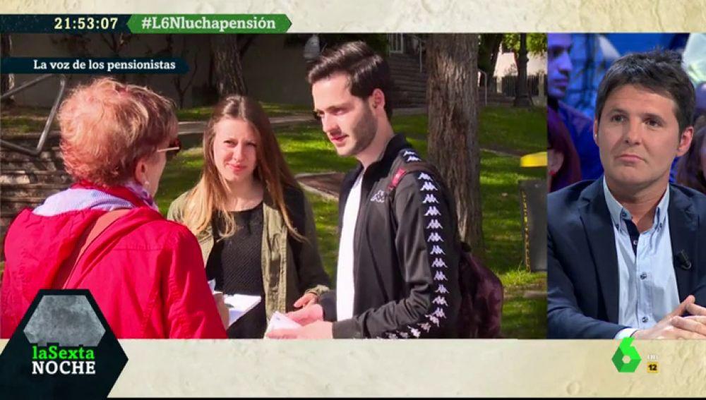 Los pensionistas recogen firmas en las universidades