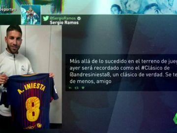 9a539e65c8 Sergio Ramos tiene la última camiseta de Iniesta en un Clásico... con  dedicatoria.