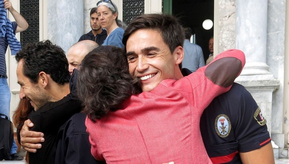José Enrique Rodríguez, uno de los tres bomberos de la ONG Proem-Aid