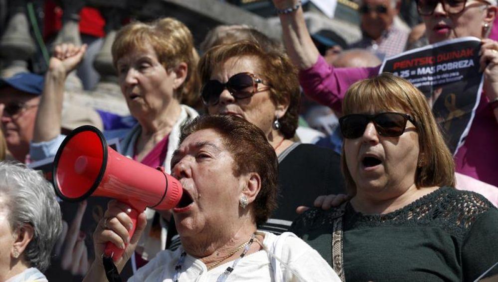 Pensionistas protestan en Bilbao