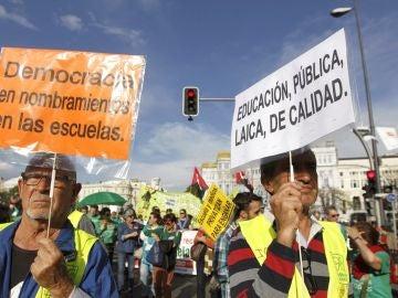 Integrantes de la Marea Verde en una manifestación