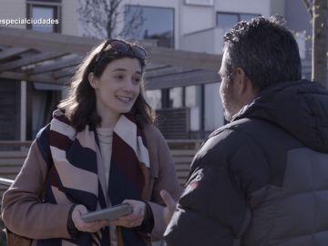 Victoria Percovich, economista, con Jalis de la Serna en Enviado especial: la ciudad del mañana
