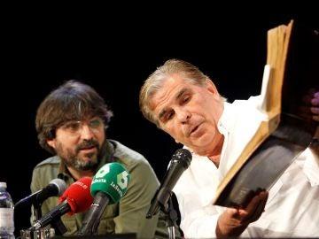 Pedro Ruiz junto a Jordi Évole