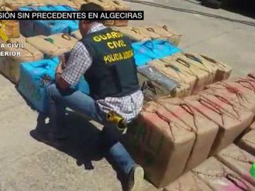 Se multiplican las operaciones contra la droga en el Estrecho desde que Zoido declaró la guerra a los 'narcos'