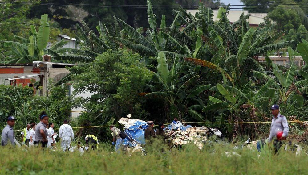 LA SEXTA TV | Mueren 110 personas en el accidente de avión en el ...