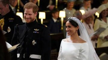 El príncipe Harry y Meghan Markle se dan el 'sí quiero'