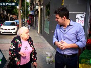 La pensionista Paquita con Jesús Cintora