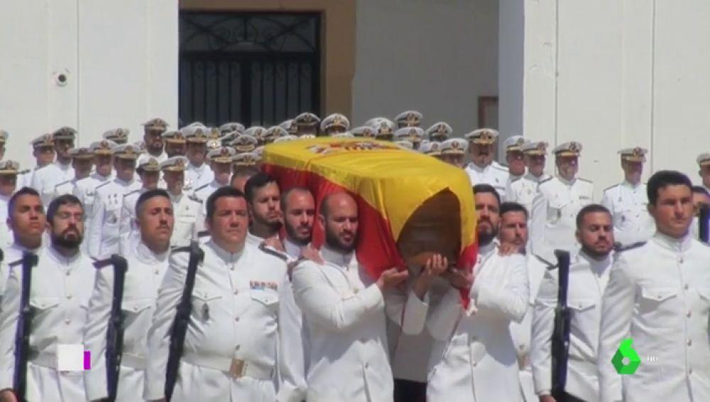 Homenaje militar en Cádiz para despedir al joven soldado que murió en Mali