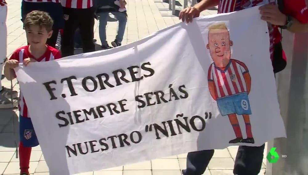 La afición del Atlético, con Torres