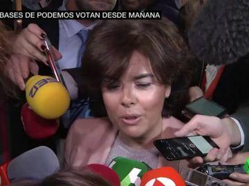 """La pregunta de Santamaría a Pablo Iglesias sobre el escrache que ella sufrió: """"¿Nuestros hijos son de peor condición?"""""""