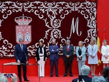 Garrido toma posesión e incorpora una vicepresidencia en Comunidad de Madrid