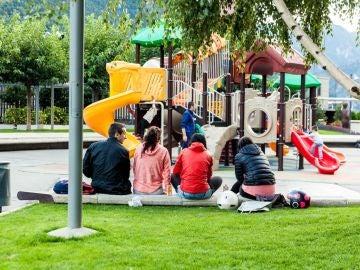 Jóvenes en el parque