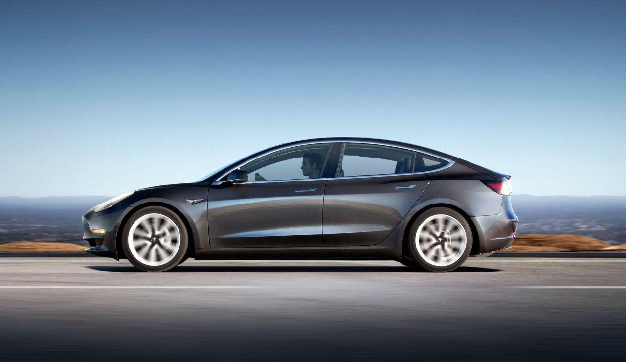 Tesla anuncia el Model 3 de dos motores, y tendrá prestaciones de infarto