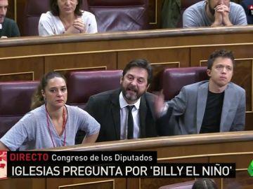 """Máxima tensión entre Mayoral y el ministro Zoido por la condecoración a Billy el Niño: """"Tenga un poco de vergüenza"""""""