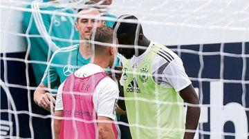 Kimmich y Rudiger se encaran durante un entrenamiento