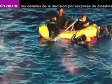 Salvamento Marítimo rescata a 93 personas a bordo de siete pateras en el Estrecho de Gibraltar