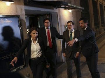 Mariano Rajoy a su salida del restaurante