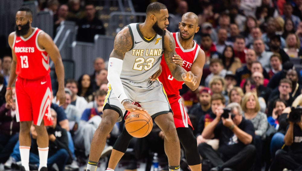 LeBron James postea a Chris Paul