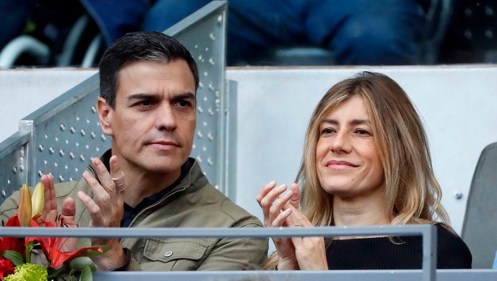 Pedro Sánchez y su mujer Begoña Gómez