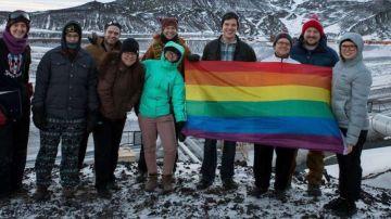 La Antártida celebrará así el Día del Orgullo Gay