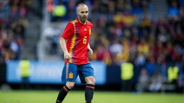Iniesta, con España