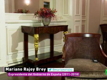 Rajoy, el rey de las cobras a la prensa: el silencio es su respuesta a cómo será recordado en España