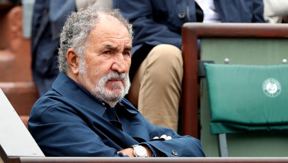 Ion Tiriac, en un partido de Roland Garros