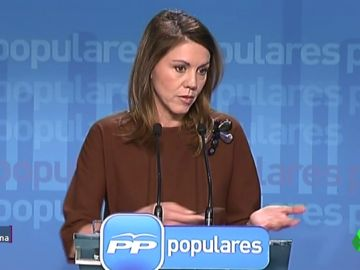 Empezó con Aguirre, se lio con el finiquito en diferido y acabó en Defensa: los altibajos de Cospedal en el PP
