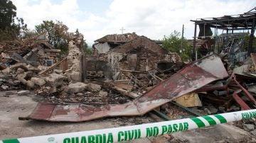 La zona afectada por la explosión de material pirotécnico en Paramos