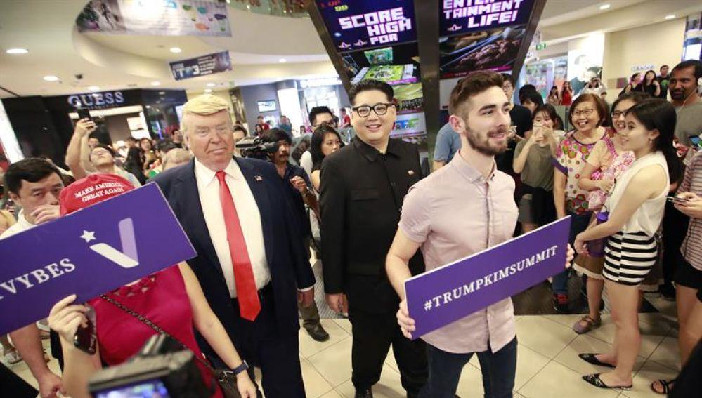 Imitadores de Trump y Kim Jong Un