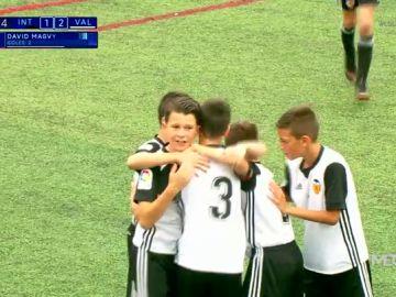 El Valencia remonta ante el Inter y jugará la final de LaLiga Promises