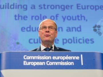 El comisario europeo de Educación, Cultura, Juventud y Deporte de la Unión Europea