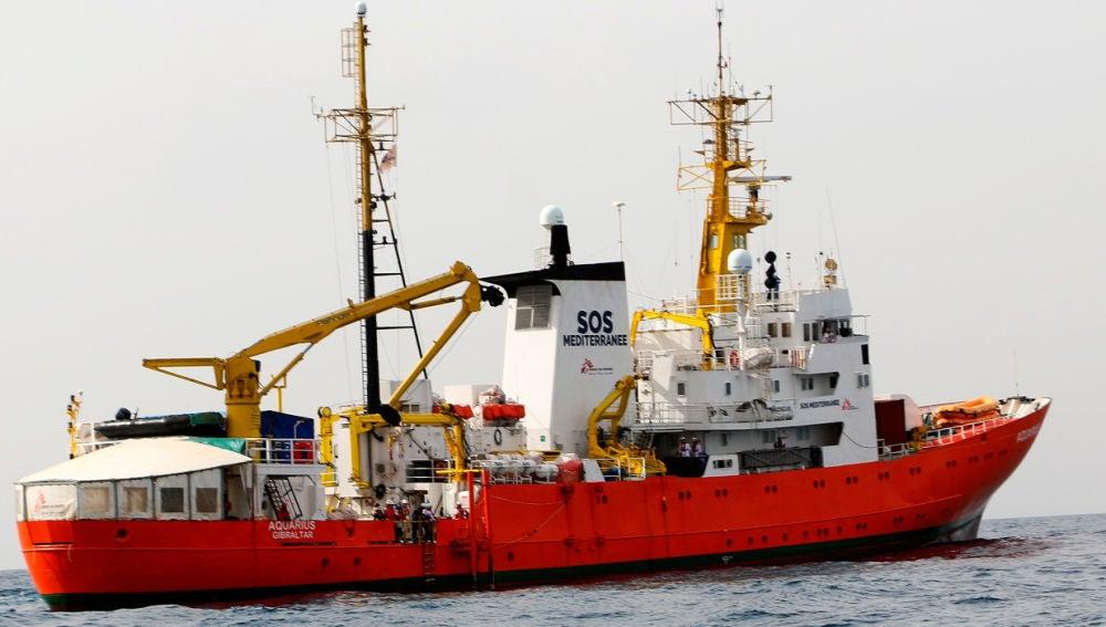 El barco de salvamento 'Aquarius'