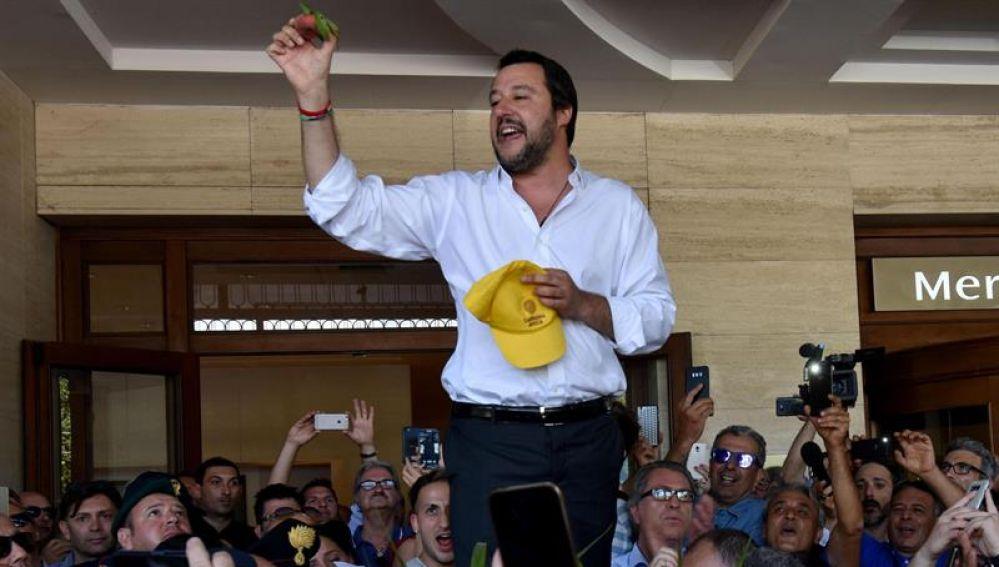 Italia y Malta se niegan a recibir barco con 629 migrantes