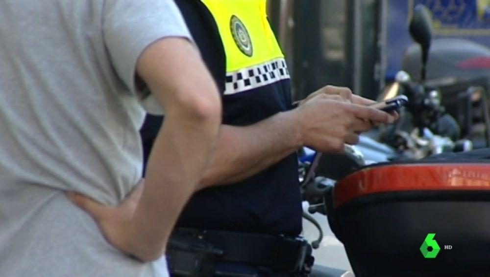 Imagen de archivo: Un agente de Policía Local