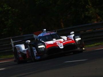 Fernando Alonso rueda en Le Mans