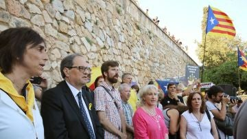 Quim Torra durante la concentración de protesta convocada por Omnium Cultural contra la presencia del rey