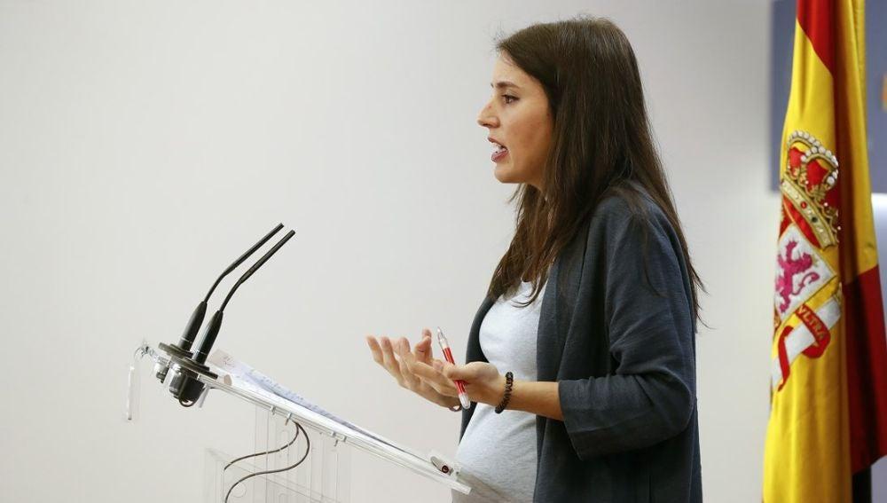 Irene Montero da a luz a sus dos hijos mellizos de manera prematura con  seis meses de gestación