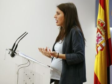 Irene Montero ante los medios