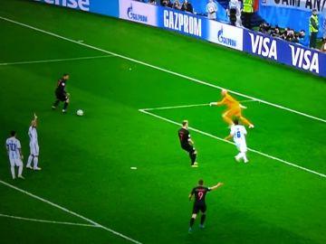 Messi y Mascherano, criticados por su pasividad en el 0-3