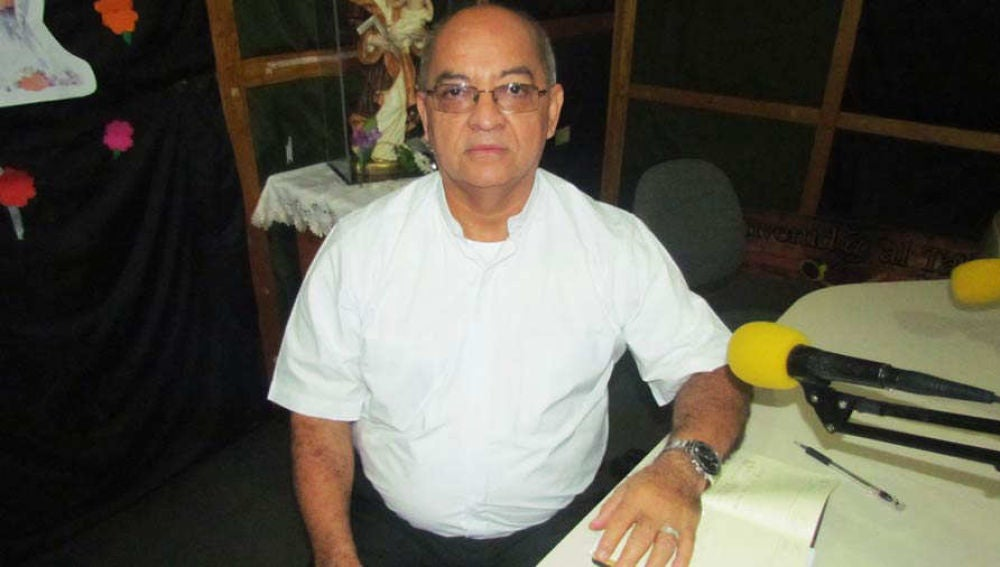 José Adonay Chicas Campos, párroco detenido