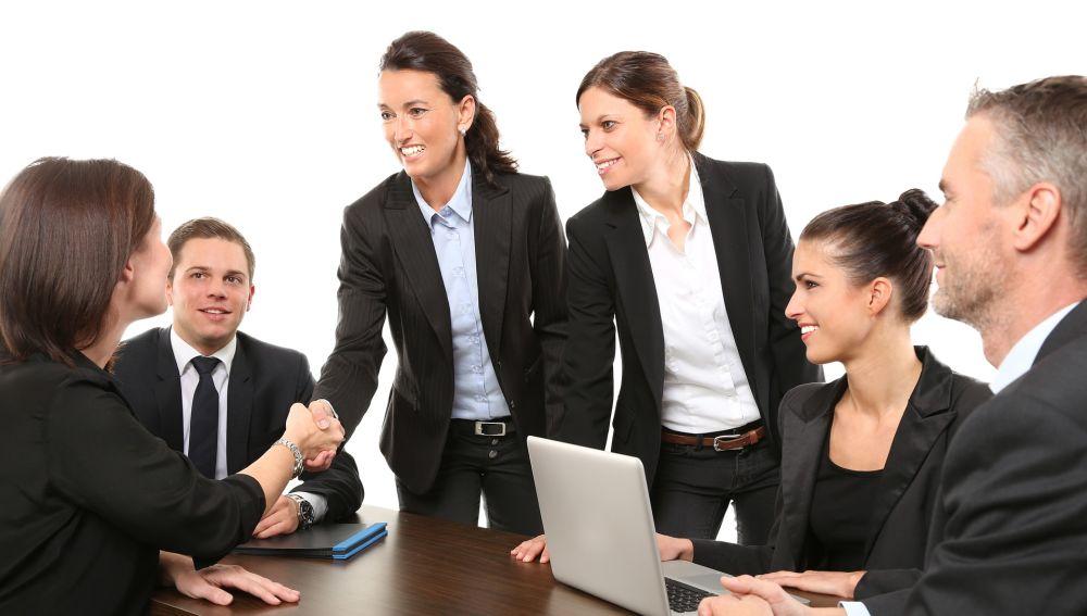 Las personalidades de hombres y mujeres no tienen apenas diferencias en puestos de liderazgo