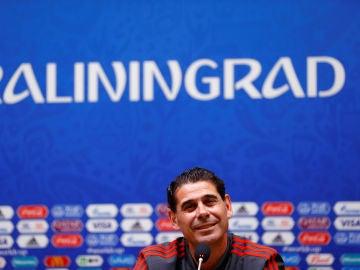 Fernando Hierro comparece ante los medios