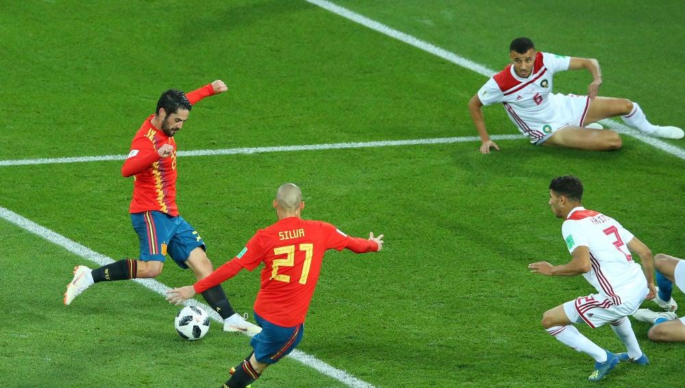 El gol de Isco ante Marruecos