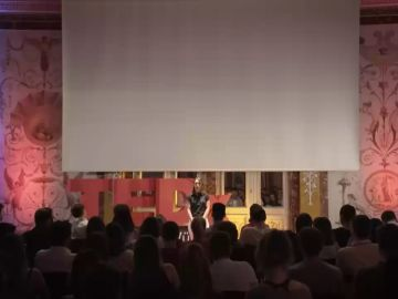 Charla de TEDx sobre la pedofilia