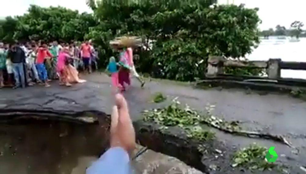 Mueren 30 personas y más de un millón son desplazadas en India por los estragos del monzón