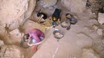 Excavaciones en las cuevas de Montserrat.