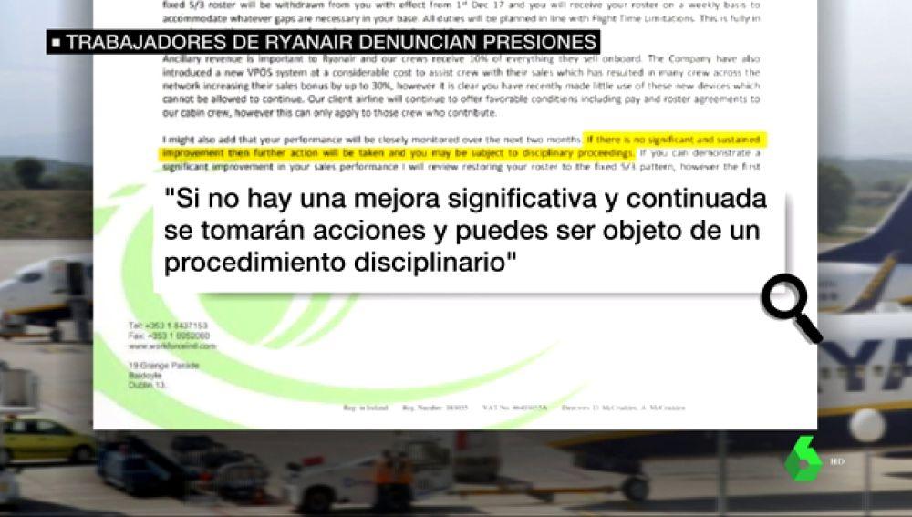 Accedemos a los correos secretos de Ryanair: presiona a sus trabajadores para vender más productos a bordo bajo amenazas