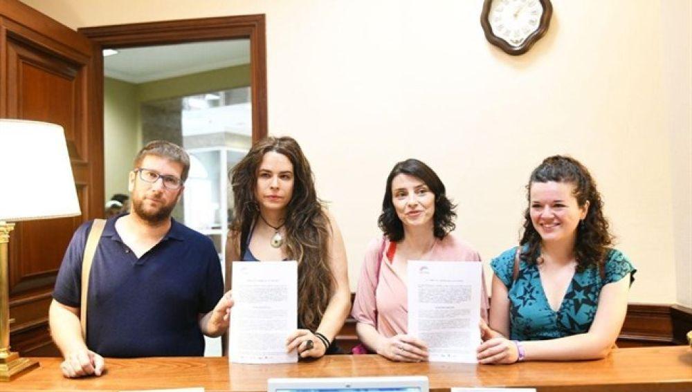 nular los juicios del franquismo contra las personas LGTBI